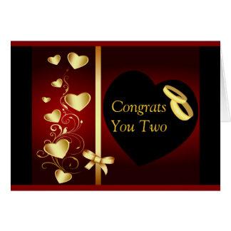 Cartão O ouro dos corações do casamento soa Congrats