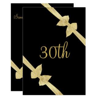 Cartão O ouro elegante do falso curva o aniversário de 30