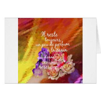 Cartão O perfume dos rosas ainda permanece na mão