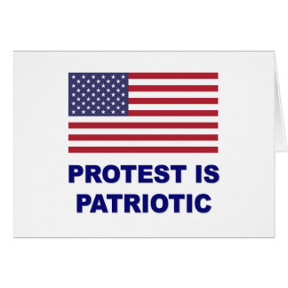 Cartão O protesto é patriótico