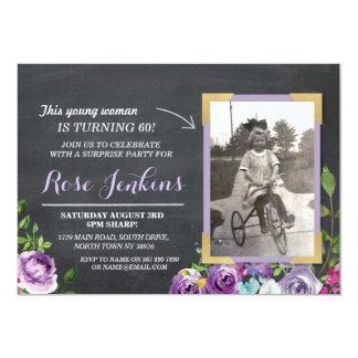 Cartão O roxo rústico floral do giz do aniversário da
