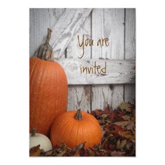 Cartão O sorriso do outono customizável convida