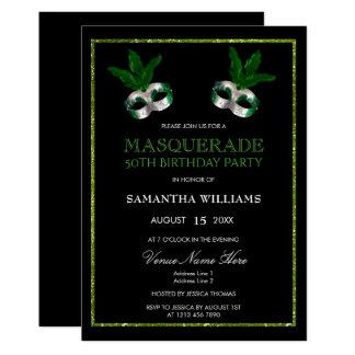 Cartão O verde chamativo brilha aniversário do mascarada