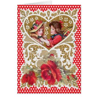 Cartão O vermelho nostálgico do coração do ouro da