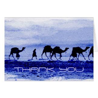 Cartão Obrigado azul da caravana do camelo do deserto