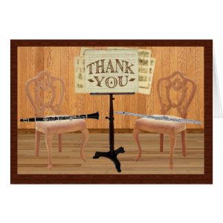 Cartão Obrigado com flauta e clarinete
