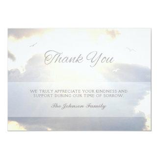 Cartão Obrigado dos córregos & das nuvens da luz solar