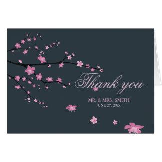 Cartão Obrigado escuro do casamento da flor de cerejeira