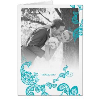 Cartão Obrigado floral do casamento do pavão de Paisley