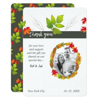 Cartão Obrigado oval de queda do buquê do carvão vegetal