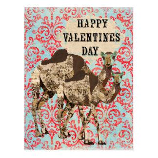 Cartão ornamentado do dia dos namorados dos camelo cartão postal