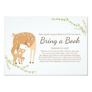 Cartão Os cervos pequenos trazem uma floresta do chá de