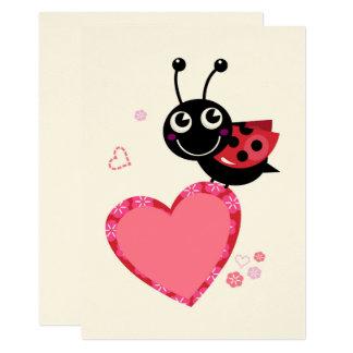 Cartão Os desenhistas cardam com a abelha feliz do vôo
