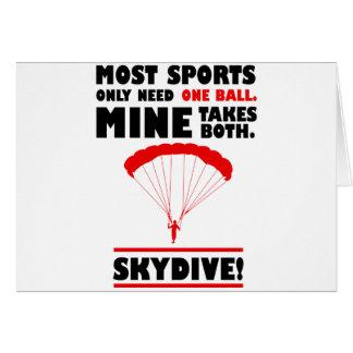Cartão os esportes e skydive, mina tomam ambos