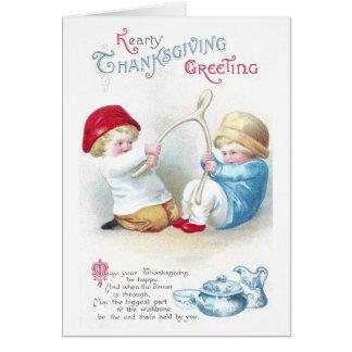 Cartão Os miúdos rebocam na acção de graças gigante do