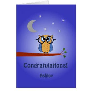 Cartão Os parabéns personalizaram a coruja de noite