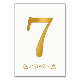 Cartão Ouro brilhante elegante número metálico 7 do falso