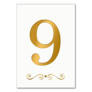 Cartão Ouro brilhante elegante número metálico 9 do falso