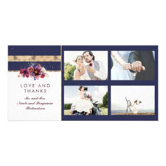 Cartão Ouro do marinho e obrigado floral do casamento de