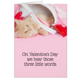 Cartão Palavras do gatinho três dos namorados
