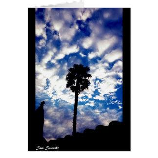 Cartão Palma nas nuvens