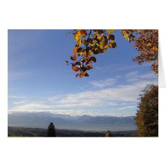 Cartão panorama de montanha, em branco