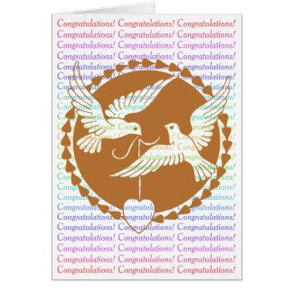 Cartão Parabéns alegres do casamento das pombas