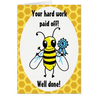 Cartão Parabéns do trabalho duro de abelha ocupada