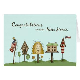 Cartão Parabéns em Birdhouses & em bandeiras Home novos