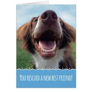 Cartão Parabéns em seu cão novo do salvamento, filhote de