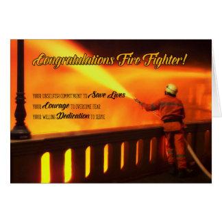 Cartão Parabéns graduados do sapador-bombeiro
