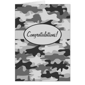 Cartão Parabéns pretos cinzentos da camuflagem de Camo