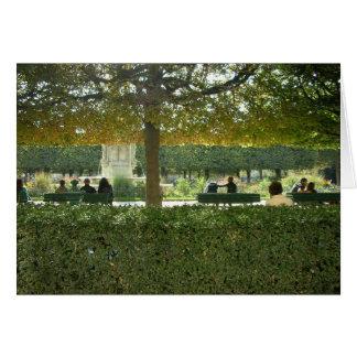 Cartão Parques encantadores de Paris