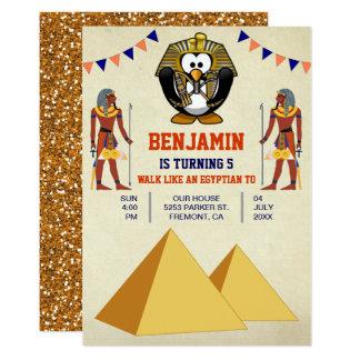 Cartão Partido de aniversário de criança egípcio bonito