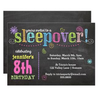 Cartão Partido do Convite-Sleepover do aniversário, giz +