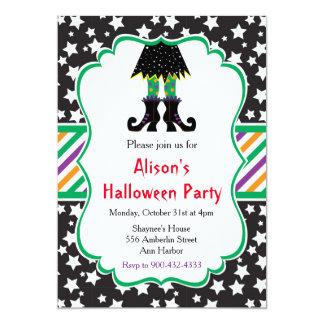 Cartão Partido do Dia das Bruxas dos pés das bruxas