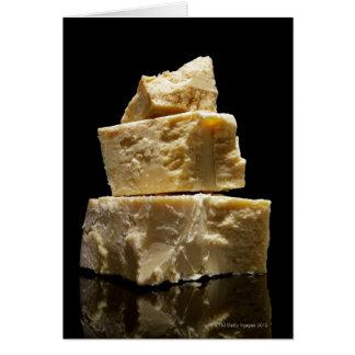 Cartão Pedaços empilhados do queijo de Parmasean