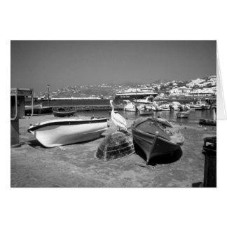 Cartão Pelicano e barcos (BandW)