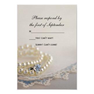 Cartão Pérolas, anel, laço azul do vintage que Wedding o