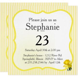 Cartão Personalize: Amarele a fotografia floral do