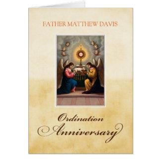 Cartão Personalize os anjos conhecidos do aniversário da