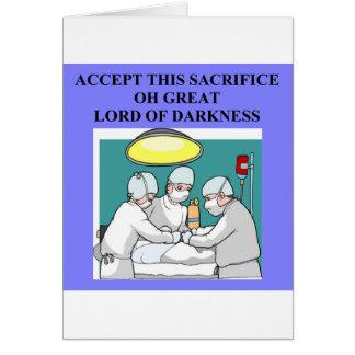 Cartão piada demoníaco do doutor/cirurgião