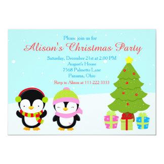 Cartão Pinguins bonitos e árvore do inverno do Natal