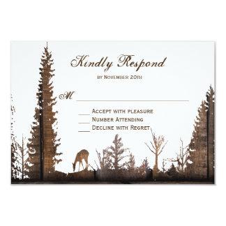 Cartão Pinheiro de madeira rústico dos cervos que Wedding
