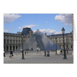 Cartão Pirâmide do Louvre