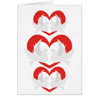 Cartão Pombas de paz da ilustração com coração
