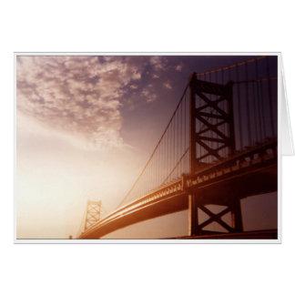 Cartão Ponte com céu brilhante