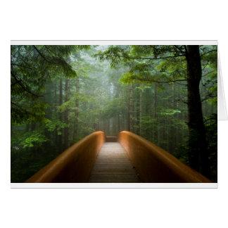 Cartão Ponte da floresta da sequóia vermelha