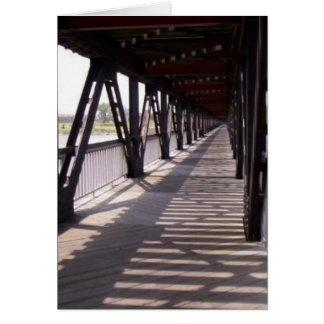 Cartão Ponte de madeira