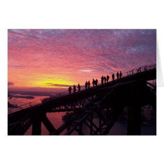 Cartão Ponte de porto de Sydney no por do sol